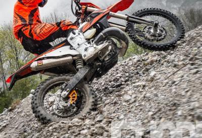 Provata la KTM enduro 2018 a iniezione: test, foto, tecnica, prezzo, video