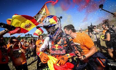 KTM celebra il campione MX2 2019