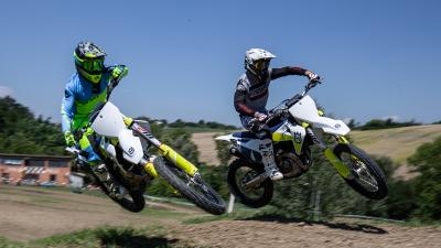 Husqvarna MX 2021: 350 vs 450