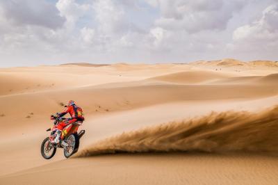Dakar 2021, tappa 11: Barreda senza benzina, Sunderland vince e accorcia